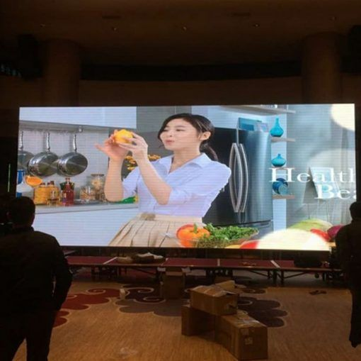 2 video wall advertising